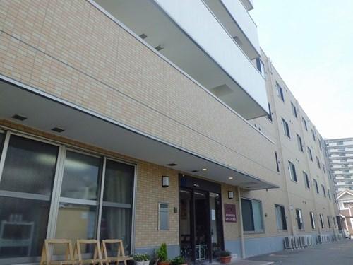 レガート堺東山の施設外観